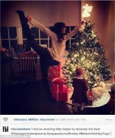 hilaria baldwin turns christmas upside down as she wraps
