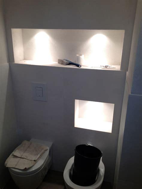 nicchia bagno foto controparete con nicchie illuminate al di sopre