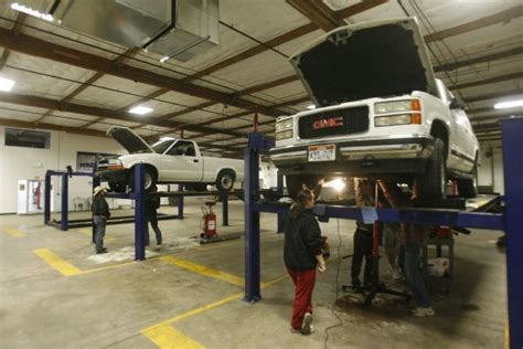 do it yourself auto repair garage garage opens doors for self service auto repairs the