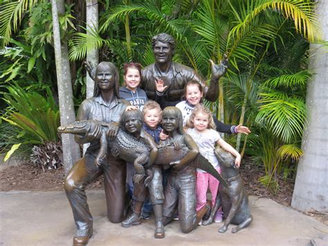 top  tips  visiting australia zoo  kids