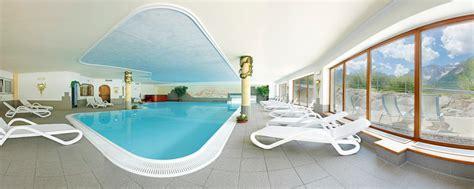 con piscina interna piscina interna e esterna al biovita hotel alpi a sesto