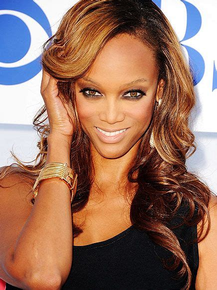 what is up with julianne forhead 25 best ideas about tyra banks forehead on pinterest