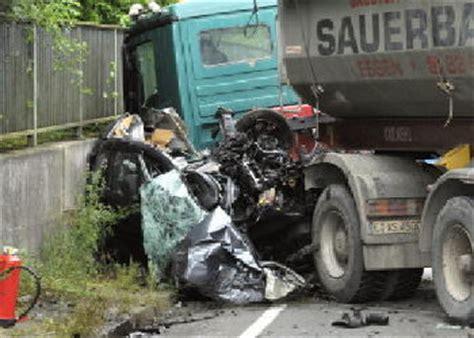 Motorradunfall A6 by Marl Aktuell Sonntagsblatt Im Vest 187 T 246 Dlicher Unfall In