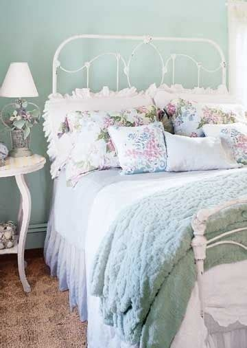 Coastal Ls For Bedroom by 451 Best Cottage Interiors Images On Home