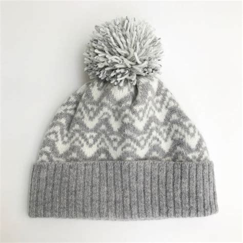 bobble hat pattern knitting lambswool knitted bobble hat waves pattern by