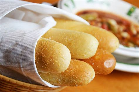 olive garden 635 olive garden s breadsticks are still attack eater