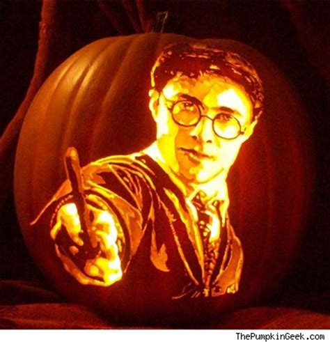 these movie themed jack o lanterns are cooler than your