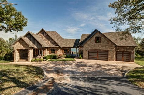 Cabins For Sale Table Rock Lake by Beautiful Branson Lake Cabins And Homes For Sale