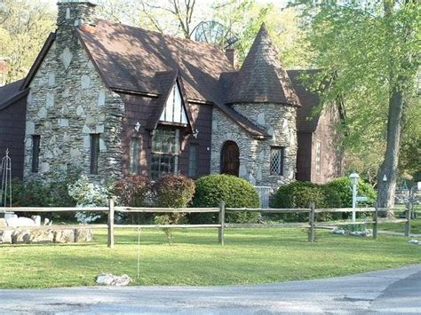 love this tudor style home dream homes pinterest 30 best images about dream homes on pinterest craftsman