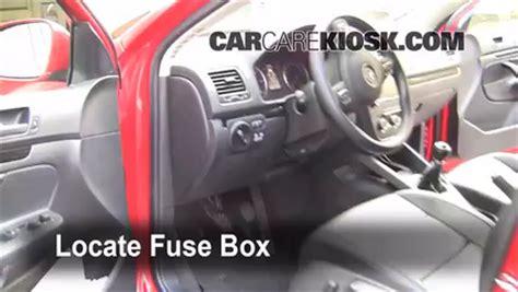 volkswagen jetta interior fuse check