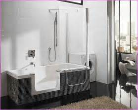 one shower units aqua glass 60x36 one bathtub