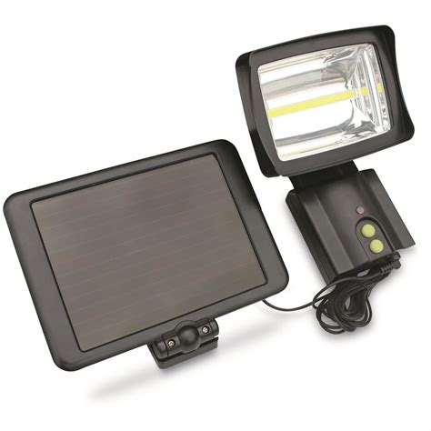 Solar 1 000 Lumen Security Light 689636 Home Security