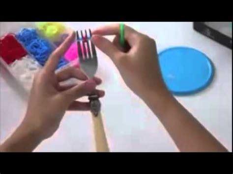 cara membuat gelang rainbow loom cara membuat gelang rainbow loom netherlands dengan