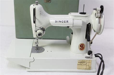 vintage singer featherweight 221 sewing machine sews vintage singer white featherweight 221k sewing machine