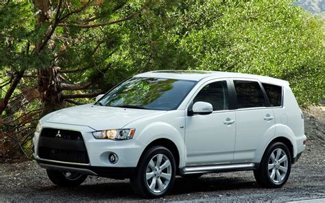 mitsubishi outlander automatic 2012 with pictures mitula cars 2012 mitsubishi outlander reviews and rating motor trend