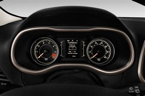 jeep cherokee dashboard 2016 jeep cherokee reviews and rating motor trend