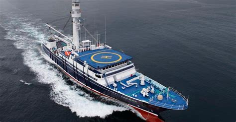 imagenes de barcos atuneros el atunero congelador tamara va de barcos