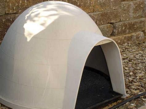 igloo house outdoor cat house do you have a use for one