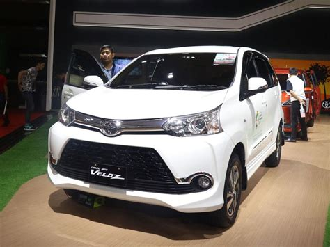 Karpet Dasar Toyota Voxy pt wira megah profitamas i wira toyota toyota avanza dan