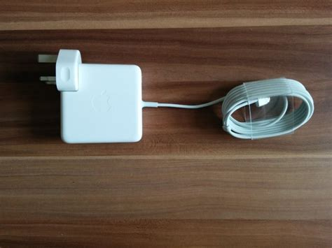 mac 85w charger apple macbook pro 85w charger brand new for sale in