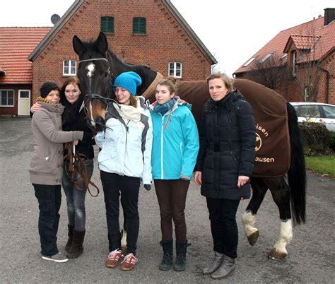 sport für übergewichtige zuhause freuen sich mit pferd 226 žmiro 226 œ 195 188 ber dessen neuen