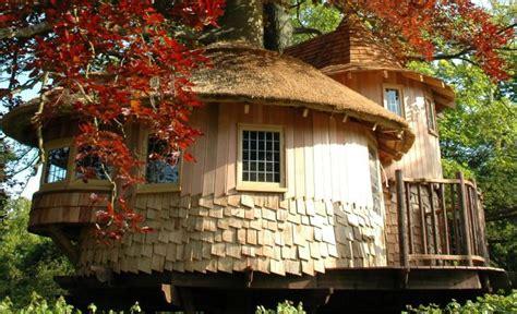 tree houses fairy tale blueforest s fairy tale castle is an enchanted treehouse hideaway fairy tale castle treehouse