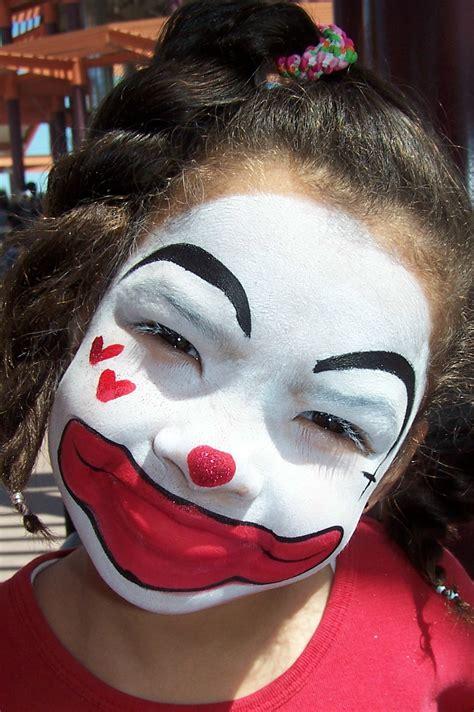 clown paint jester paint www imgkid the image kid has it