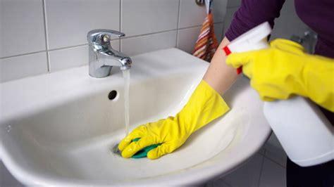 wie kann eine wohnung finden putzfrau f 252 r die wohnung finden und anmelden
