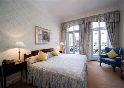 2 bedroom holiday apartments london properties holiday accommodation 2 bedroom apartments