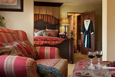 lodging in monterey ca top rated inn with ultimate romance