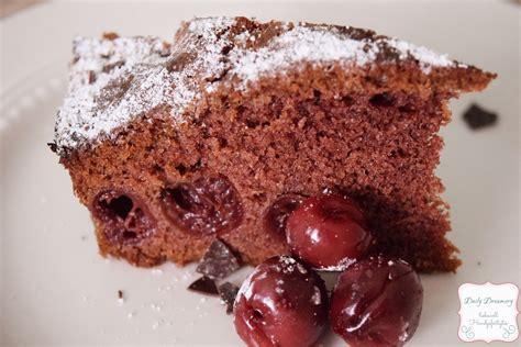 schoko kuchen verzieren schoko kirsch kuchen schneller sonntagskuchen daily