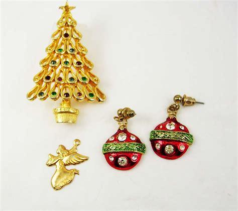 vintage christmas tree destash brooch collection ornaments