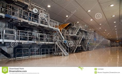 Fourdrinier Paper Machine - paper and pulp mill fourdrinier machine royalty free