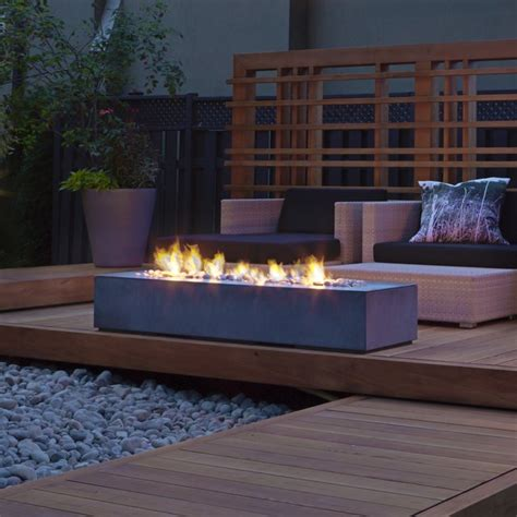 Robata Linear Outdoor Fire Crnchy Linear Pit