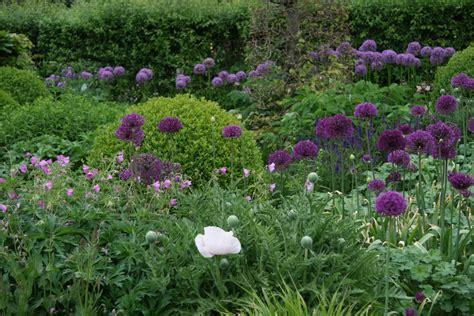 Vaste Planten Border Beplantingsplan by Vaste Planten Borders Op Kleur Kijktuinen Nunspeet