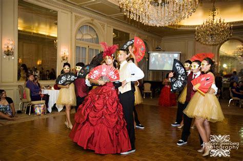 quinceanera themes masquerade ball chrystal s masquerade quinceanera 187 bethann greenberg
