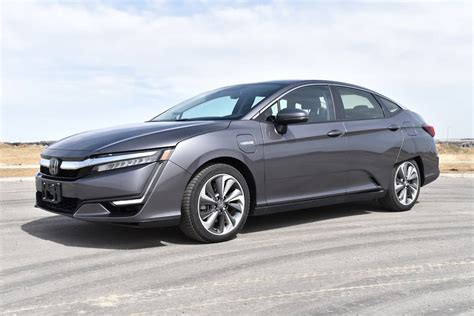 honda clarity plug  hybrid review touring model tested