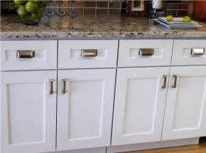 Best Hardware For White Kitchen Cabinets Best Hardware For White Kitchen Cabinets Home Decorating Interior Design Bath Kitchen Ideas