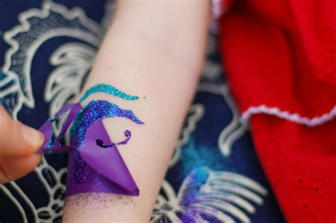 how to do your own tattoo how to do your own glitter tattoos tikkido