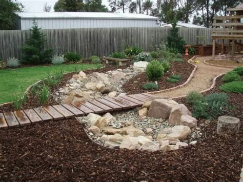 dry river bed landscaping dry river bed garden ideas landscaping pinterest