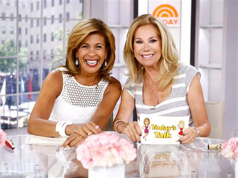 hairdresser for kathie lee and hoda hoda kotb is done drinking on today and it s all because