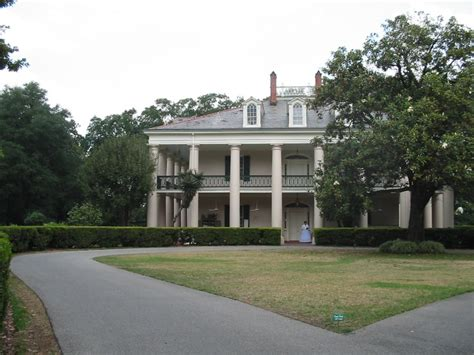 plantation style homes how to provide new look to your home 1000 images about house on pinterest southern