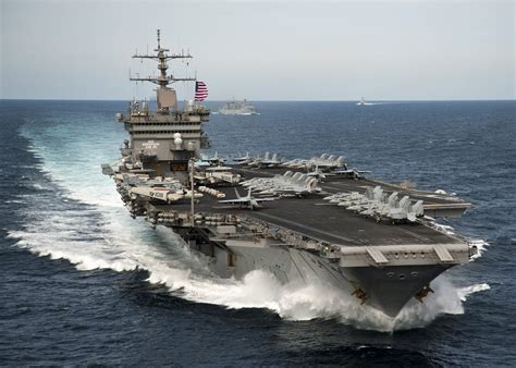 airplane carrier every helicopter and plane aboard a us aircraft carrier explained business insider