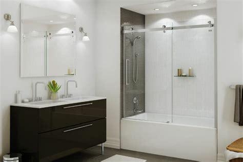 luxuriöses badezimmer badewannen design ablage