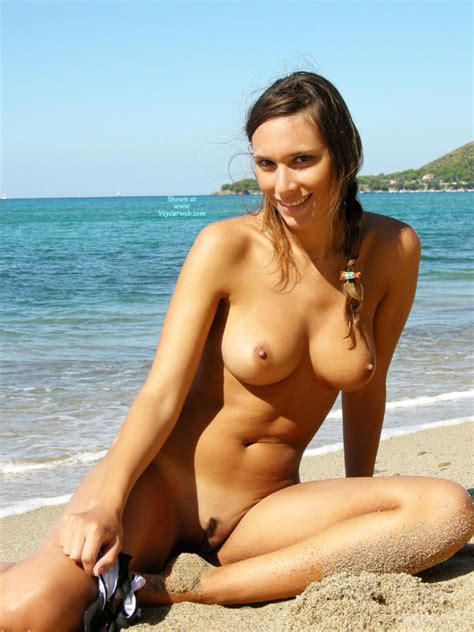 Naked Brown Haired Girl With Trimmed Pussy On The Beach July Voyeur Web Hall Of Fame