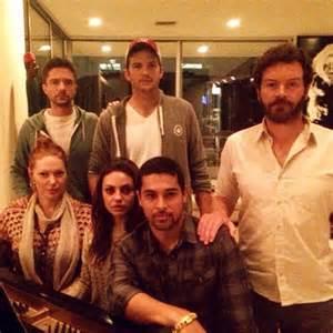Reunite with that 70s show cast photos celebrity news news reveal