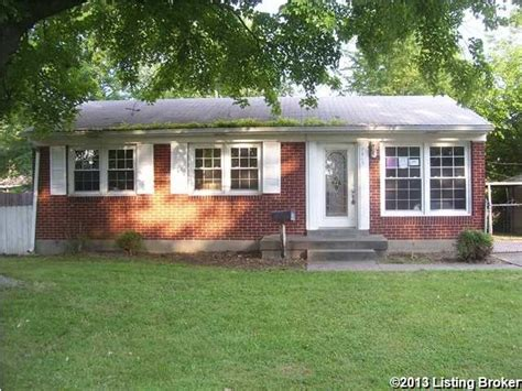 houses for sale 40258 7915 conifer dr louisville kentucky 40258 foreclosed home information foreclosure
