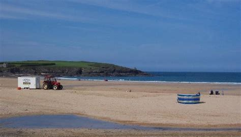 cottages      harlyn bay cornwall