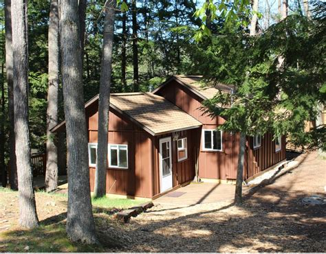 restful cottage for 4 on lake george near traverse city