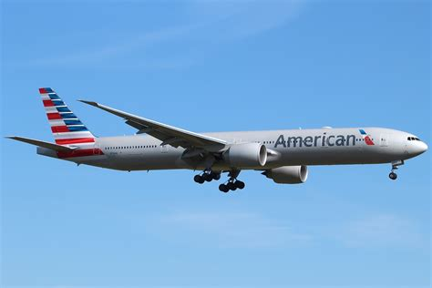 united airlines american airlines file boeing 777 323 er american airlines n718an lhr